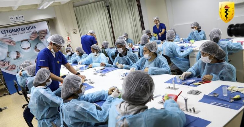 OPEN Cayetano: Jóvenes interesados en la salud identificarán qué carrera estudiar
