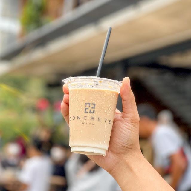 Menu di Concrete Cafe Batu