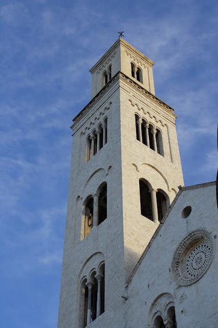 Bari, cattedrale,cielo,Puglia,Italia