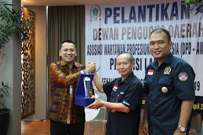 Wartawan Profesional Beri Penghargaan kepada Gubernur Ridho sebagai Tokoh Pembangunan Lampung