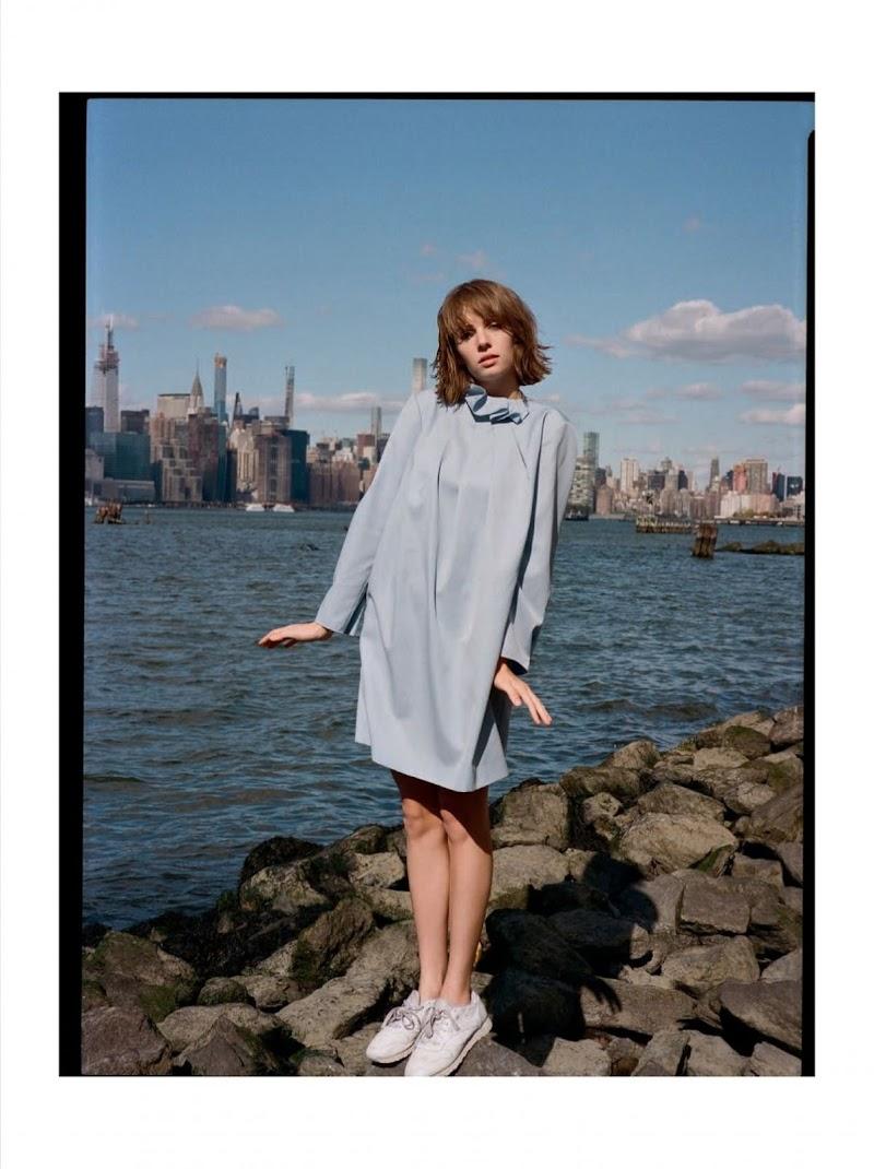 Maya Hawke  Featured in Glamour Magazine Spain -Jan 2020