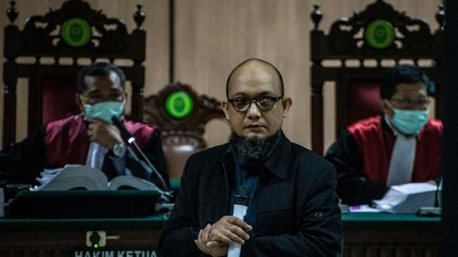 Hakim Minta Jaksa Utamakan Panggil Saksi Penolong Novel