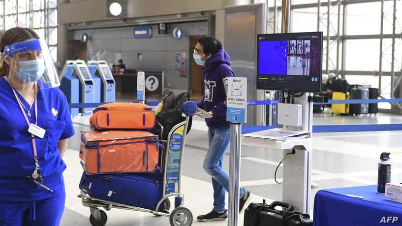 واشنطن تدرس منع الأميركيين المصابين بكورورنا من دخول البلاد مؤقتاً
