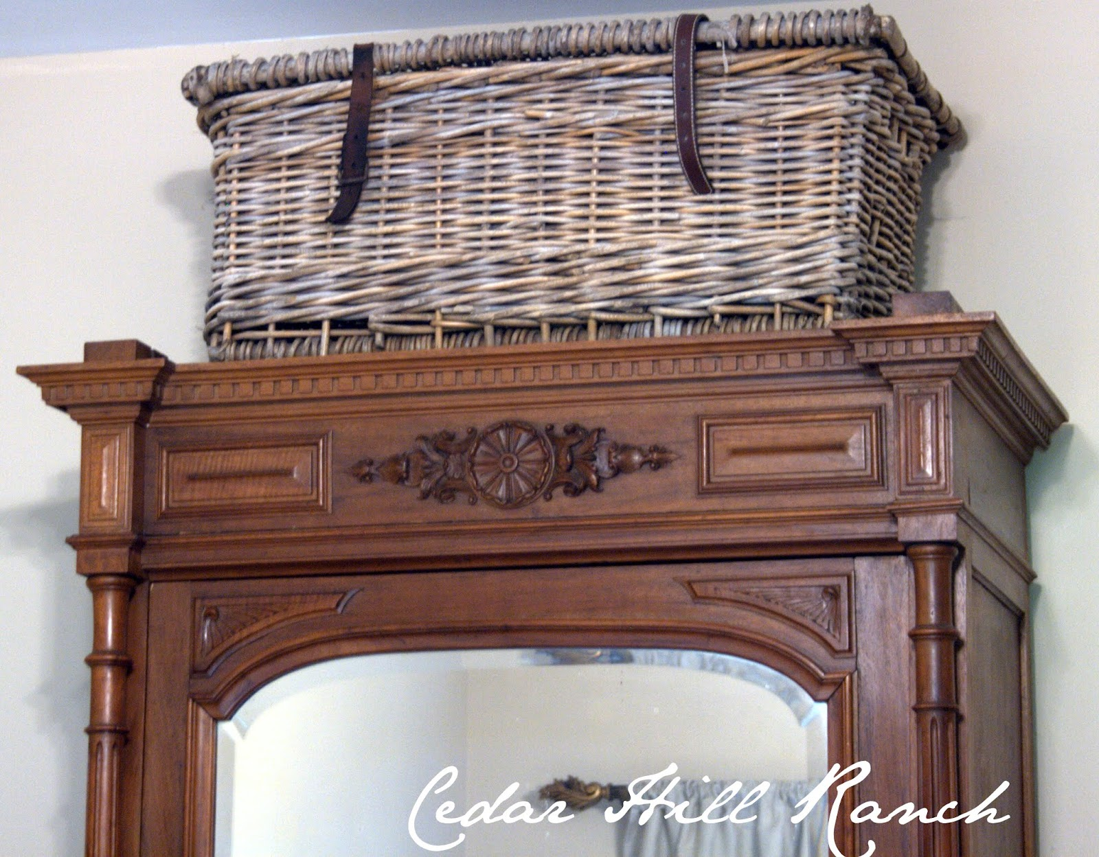 8 Budget Friendly Ways To Add Farmhouse French To Your