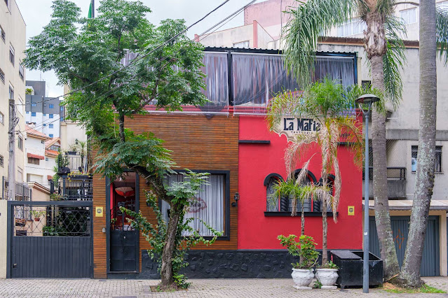 Restaurante em casa na Rua Desembargador Motta
