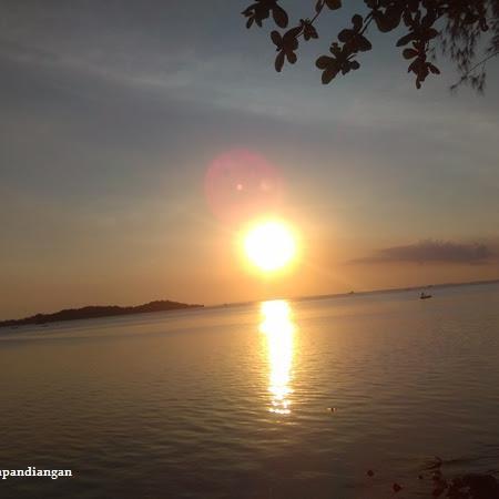Menikmati Waktu di Hotel Aston Tanjungpinang