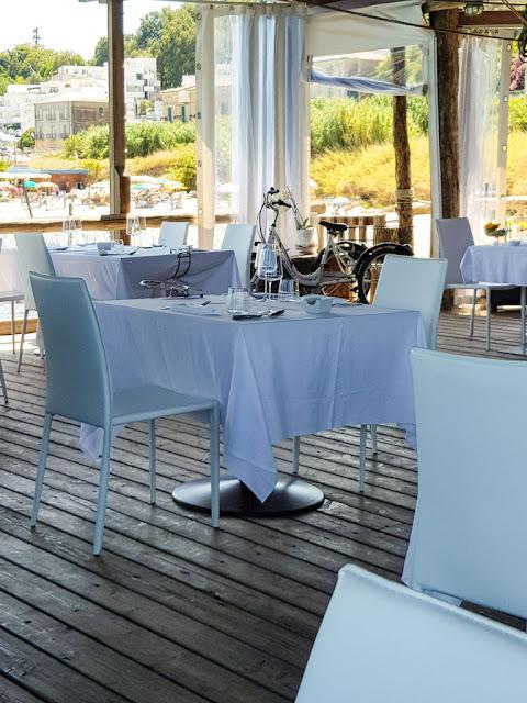 Interno del ristorante del trabocco di Punta Rocciosa-Fossacesia