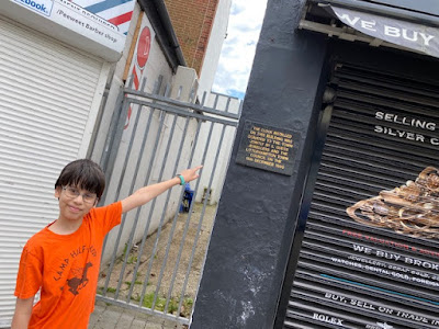 Child completing the Littlehampton Treasure Trail