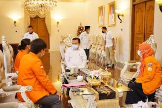 Gubernur Jambi Perwakilan BEM KBM UNJA