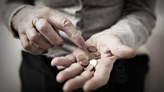assistida defensoria podera progredir comprovar pobreza