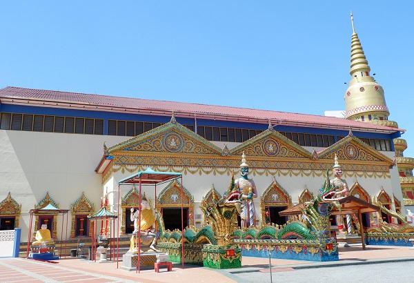 Patung Buddha Berbaring Wat Chayamangkalaram