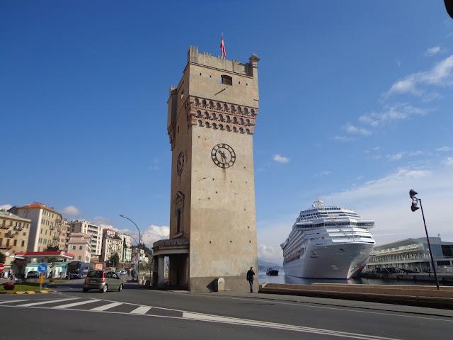 Башня Леона Панкальдо в Савоне