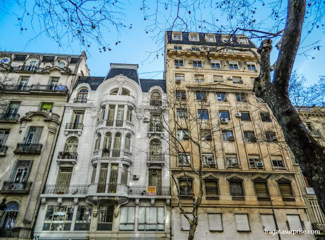 Edifícios históricos na Avenida de Mayo, Buenos Aires