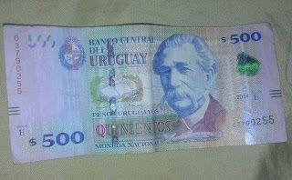 Dinero. $500 uruguayos