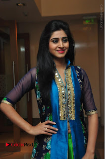 Actress Model Shamili Sounderajan Pos in Desginer Long Dress at Khwaaish Designer Exhibition Curtain Raiser  0018.JPG