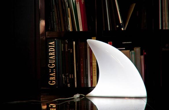 Diseño de lámpara creativa aleta de tiburón