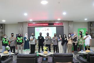 Kapolda Sulsel Hadiri Penandatanganan MoU Polda Sulsel Dengan Gojek, Tentang Pengantaran SKCK Via Go Send