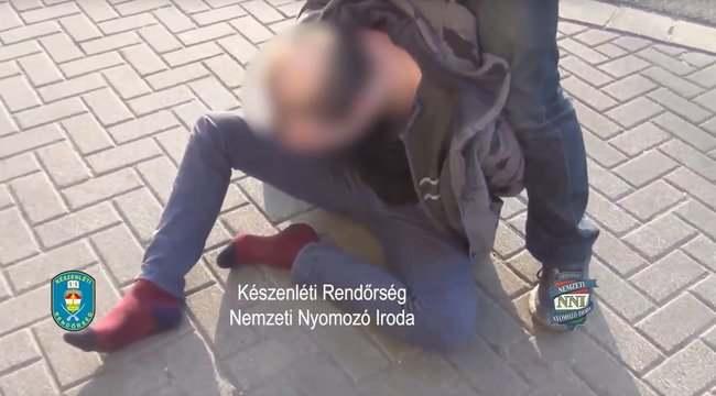 Tetten érte a rendőrség a győri pedofilt