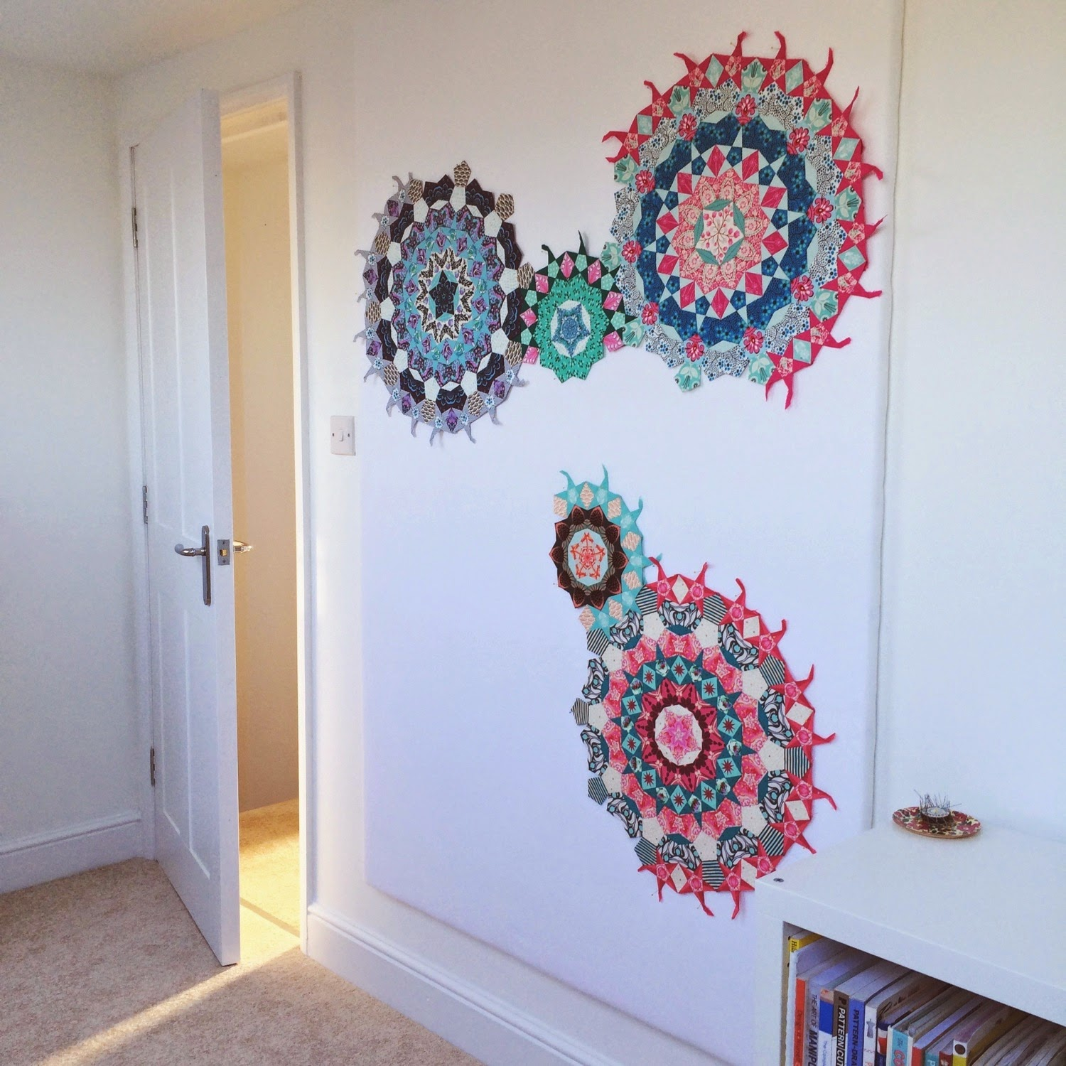 Flossie Teacakes: A quilt design wall