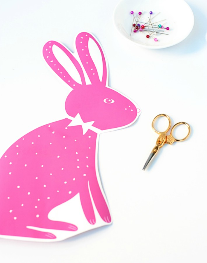 DIY cojín de conejo de Pascua