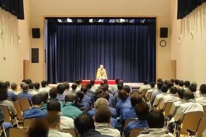 講演会講師・三遊亭楽春の笑いの効果で心と体をリフレッシュ講演会。