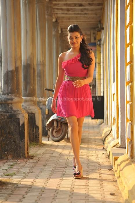 Kajal agarwal hot in pink dress