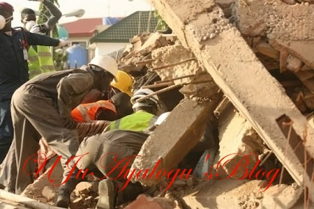Omg! 4-Storey Building Suddenly Collapses in Anambra...and This Happened to 3 Workers