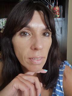 con maquillaje