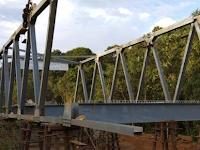 Metode Pelaksanaan Pekerjaan Pemasangan Baja Struktur Jembatan