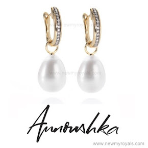 Kate Middleton jewelery Annoushka pearls and Kiki McDonough hoops earrings
