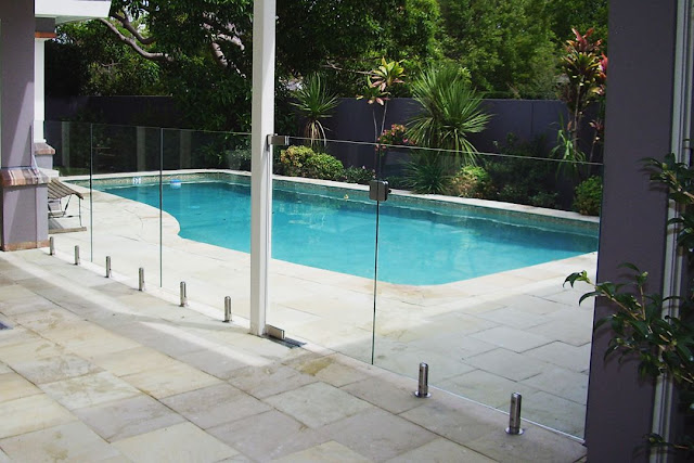 fencing a public pool type