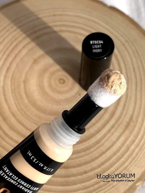 Nyx Born To Glow Radiant Concealer light ivory