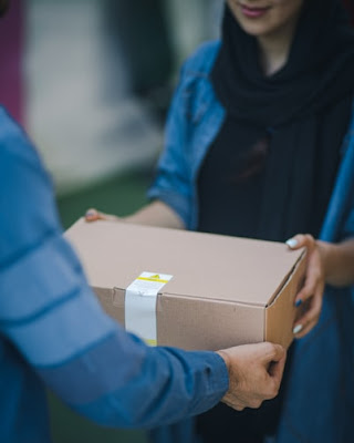 Top Cheapest Courier Services in Pakistan