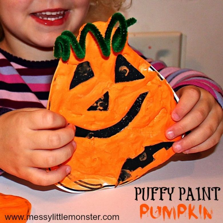 puffy paint pumpkin Halloween craft for preschoolers