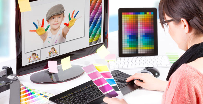 Why You Should You Consider a Career in Graphic Designing