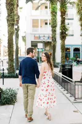 engagement photos walking away
