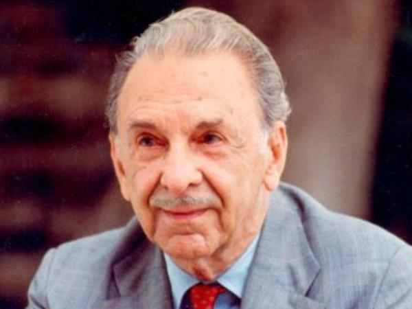Story of legendary actor Dilip Kumar and  JRD TATA in Assamese