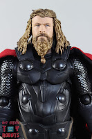 S.H. Figuarts Thor Endgame 04