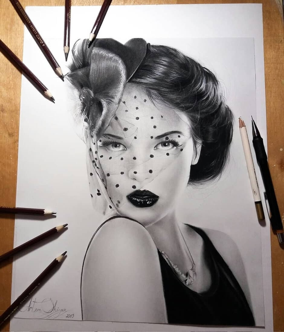 05-Artem-Mcalister-Realistic-Portraits-Graphite-and-Charcoal-www-designstack-co