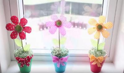 Bunga Dari Botol Bekas