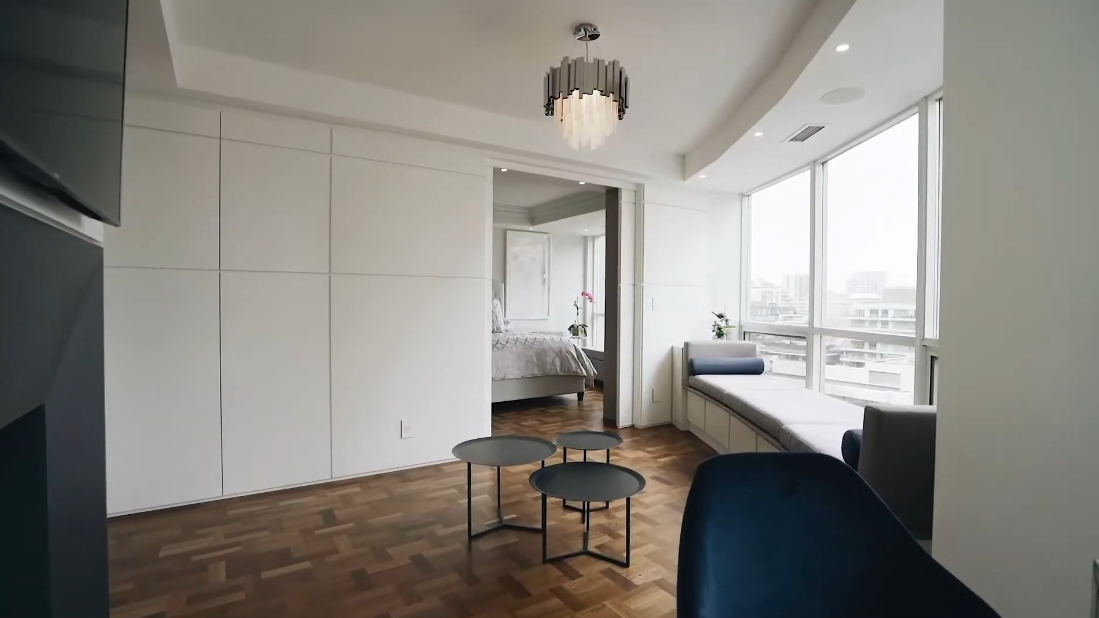 38 Interior Design Photos vs. 10 Bellair St #807, Toronto Luxury Condo Tour