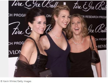 Jennifer Aniston will pay tribute to 'all the tremendous and lovely ladies