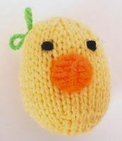 http://www.ravelry.com/patterns/library/ducky-3