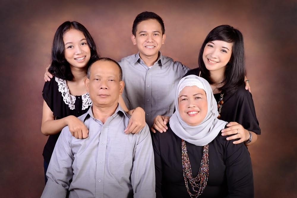 Family Photoshoot Part II @Rumah Pigura - Sepenggal Cerita ...