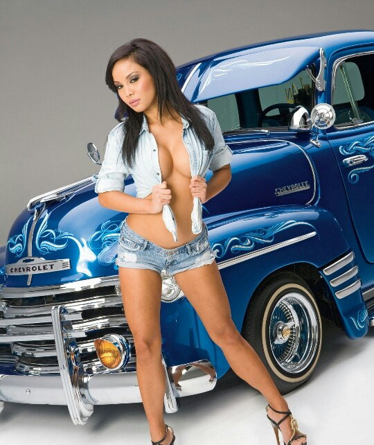 lowrider-models-who-posed-naked-sit-spank-com