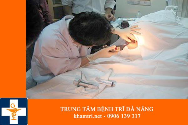 Khám và chữa bệnh trĩ ở đâu hiệu quả và giá rẻ nhất tại Đà Nẵng 02