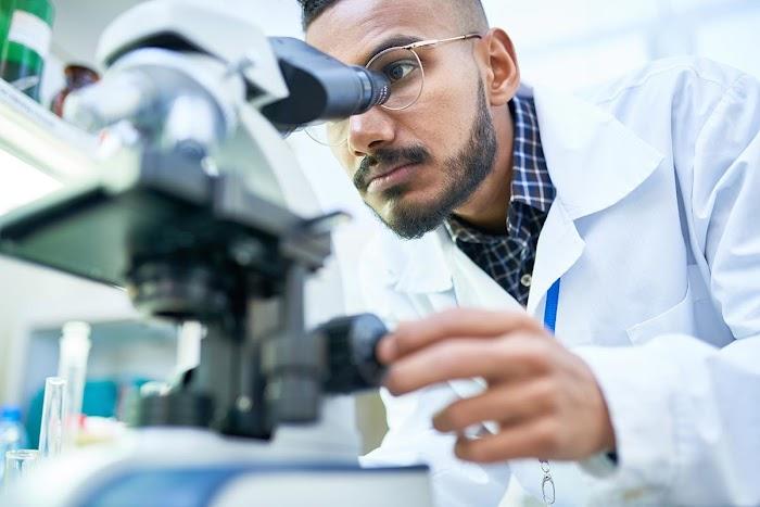 Laboratuvar Teknisyeni Nasıl Olunur?
