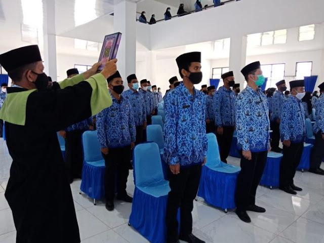 Bupati Natuna Melantik 258 CPNS Menjadi PNS Tahun 2021