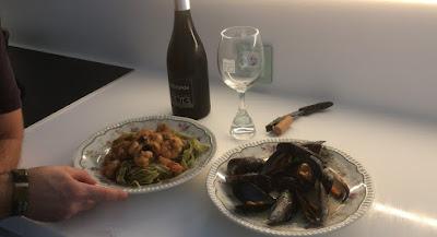 Gambones al ajillo con fetuccini de espinacas - Receta presentada en mi candidatura para el concurso del Canal Cocina Blogueros Cocineros 2017 - Blogueros Cocineros - Canal Cocina - el gastrónomo - ÁlvaroGP