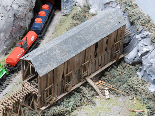model railroad coaling station at Northlandz